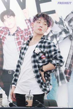 Ikon Member, Ikon Kpop, Kim Ji Won, Kdrama Actors, Hanbin, Yg Entertainment, K Idols, Future Husband, Bigbang