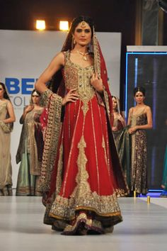 The designer line up at Berger Color Vogue Fashion Show included a stunning bridal collection by famous designer Mehdi. Latest Pakistani Fashion, Pakistani Outfits, Indian Outfits, Pakistani Clothing, Vogue Fashion, Fashion Show, Fashion Outfits, Wedding Dresses 2014, Bridal Dresses