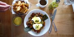 For those days when you need a little TLC, we've gone ahead and selected the yummiest comfort food dishes in Vancouver. Places To Eat, Food Dishes, Vancouver, Brunch, Beef, Breakfast, Ethnic Recipes, Backyard, Explore