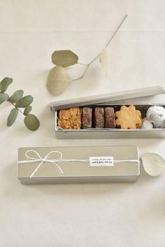 Biscuits Packaging, Baking Packaging, Honey Packaging, Dessert Packaging, Chocolate Packaging, Food Packaging Design, Gift Packaging, Bread Packaging, Custom Packaging