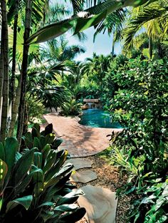 Tropical Gardens - Hidden Exotic Paradises   ELLE Decoration NL