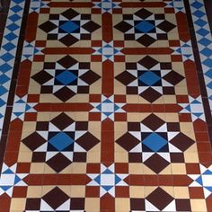 London Mosaic company, sheeted encaustic tiles for easy installation, lots of traditional patterns available. Ceramic Floor Tiles, Tile Floor, Hall Flooring, Flooring Ideas, Mosaic Company, Tiles London, Victorian Hallway, Tiled Hallway, Encaustic Tile