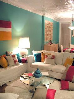 living room ideas: Sectioning off the dining area from the living room area.