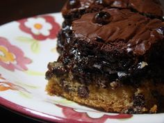 Tami's Kitchen Table Talk: The Ultimate Fudge Brownie Chocolate Chip Oreo Cookie Bars