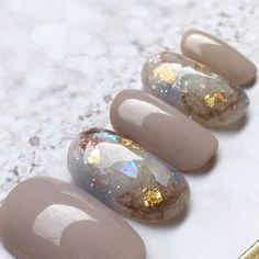 Semi-permanent varnish, false nails, patches: which manicure to choose? - My Nails Bridal Nails, Wedding Nails, Bridal Pedicure, Cute Nails, Pretty Nails, Hair And Nails, My Nails, Nagellack Design, Japanese Nail Art