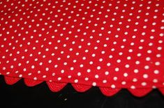 I hate to do hems ... so it is neat to find a cheat - Tutorial How To Make A Rickrack Hem