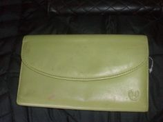 Vintage Green leather Wallet by PatsapearlsBoutique on Etsy, $9.99
