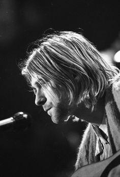 Kurt Cobain during the MTV Unplugged rehearsals, November, 1993 #Nirvana