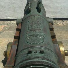 Canhão do forte da Barra, setembro de 2012.
