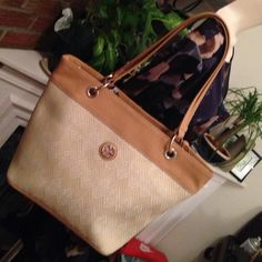 Gianni  Bernini Beautiful purses Very nice and new Giani Bernini Bags Shoulder Bags