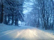 Winter in our street - Oz! Holiday Cottage - Ardennen - Belgium