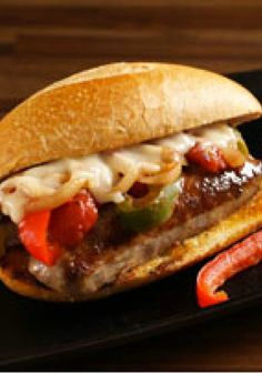 Quick 'n Easy Sausage on a Bun – Here are sausage sandwiches just the way you like 'em: quick 'n easy, peppers n' cheesy, and served up hot on toasted French bread rolls. (sausage and peppers hoagie) Sausage Sandwich Recipes, Sausage And Peppers Sandwich, Sausage Sandwiches, Easy Sandwich Recipes, Deli Sandwiches, Hot Sausage, How To Cook Sausage, Sausage Party, Kraft Recipes