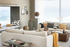 Tyylikkään rustiikkinen – uusissa sisustustuotteissamme yhdistyvät selkeät linjat ja luonnonmateriaalien lämpö.