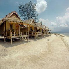 Bungalows - Gili Air Bali Bungalows pilotis beachfront relax zen ocean paradise seaview