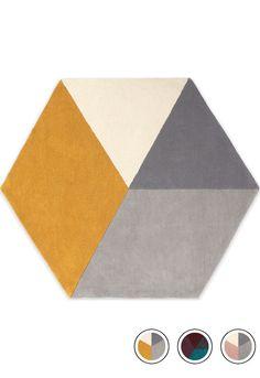 Hagen Medium Hexagon Wool Rug 150 x Pink and Grey