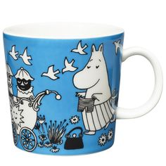 A complete overview of Arabia's all moomin mugs. See all the cups and learn more about their background. Tove Jansson, Moomin Mugs, Marimekko, Design Reference, Finland, Illustration Art, Illustrations, Blue And White, Colours