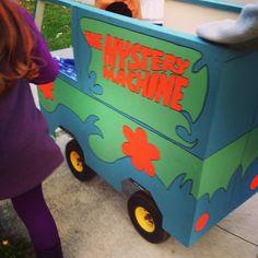 mystery machine costume