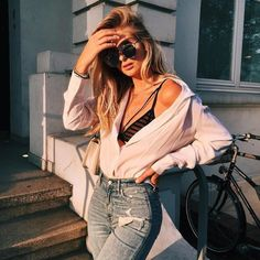 Clothes outfit for woman * teens * dates * stylish * casual * fall * spring * winter * classic * casual * fun * cute* sparkle * summer *Candice Wicks Easy Style, Style Casual, Casual Fall, Fashion Killa, Look Fashion, Fashion Outfits, 90s Fashion, Travel Outfits, Women's Fashion