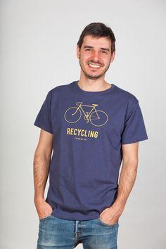 Recycling #Fashion #ThinkingMU #Man #Clothes #Smile #Hope #Shirt #Bycicle #Bicicleta #Camiseta #Recycling