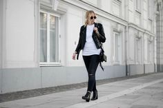 Blogger Cecilie Krog | My go-to Zara biker jacket Undone t-shirt Pieces jeans Acne boots Street style Outfit ootd minimal monochrome look danish blogger Bykrog