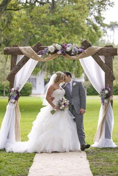 24 Chic Rustic Burlap and Lace Wedding Decor Ideas common Usually these fabrics are tied around mason jars or bouquets. In our gallery with burlap and lace wedding decor ideas we want to show you more! Wedding Arch Rustic, Wedding Canopy, Wedding Country, Wedding Entrance, Burlap Wedding Arch, Diy Wedding Arbor, Wooden Arches For Weddings, Arch For Wedding, Outdoor Wedding Arches