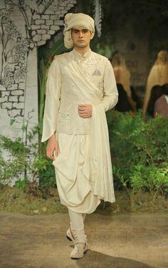 Anju Modi Mens collection India ethnic Mens fashion trends