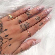Pastel pinks #nails #inspo #beauty #asosmarketplace #topshop #nailspo #hand #tattoos #rings #peekaboo #vintage #peekaboovintage # by peekaboovintage