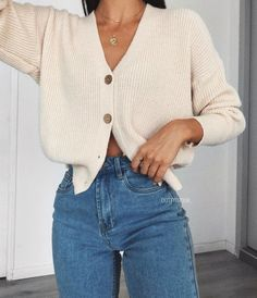 Button down cardigan Looks Street Style, Looks Style, My Style, Goth Style, Look Fashion, Autumn Fashion, Fashion Men, Korean Fashion, Looks Jeans