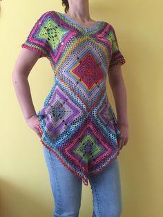 Boho style crochet tunic | Etsy Crochet Ripple Blanket, Crochet Tunic, Crochet Top, Crochet Zebra, Boho Fashion Summer, Estilo Boho, Knitted Blankets, Boho Style, Hand Knitting