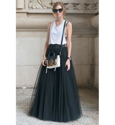 20 Unexpected Ways To Wear Black & White - Tulle Late | Gallery | Glo