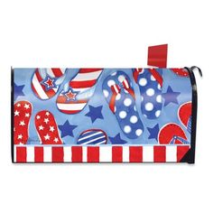 I love this 4th of July Flip-Flops Magnetic Mailbox Cover for summer!