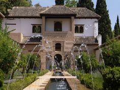 Allambra Gardens - I miss Europe!