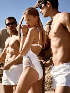 Bikini sezonuna sıkı hazırlık seçtiğimiz 5 selülit kremiyle başladı. Bikini sezonuna sıkı hazırlık seçtiğimiz karın, bel ve basen bölgelerini sıkışlaştırmayı hedef alan kremlerle başladı. Devamı için >> http://vogue.com.tr/bakim/siki-ayar-en-iyi-5-selulit-kremi