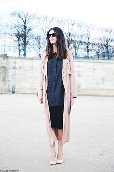 Paris_Fashion_Week_Fall_14-Street_Style-PFW-_Valentino-Trench-Black_Outfit-2 by collagevintageblog, via Flickr