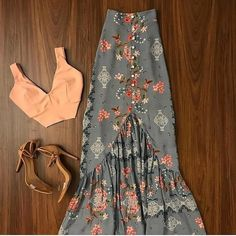 romantic date outfit Mode Outfits, Skirt Outfits, Cute Casual Outfits, Chic Outfits, Mode Batik, Look Hippie Chic, Boho Fashion, Fashion Dresses, Parisian Fashion