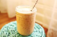 A Beautiful Mess shows us how to save time and make great smoothies!