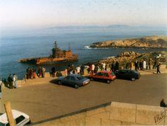 Os coruñeses achéganse a ver os restos do Aegean Sea