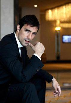 İbrahim Çelikkol Turkish Men, Turkish Actors, Dream Cast, Black And White Love, Lovely Eyes, Best Series, Actor Model, Best Actor, Man Crush