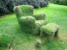 """Como havia prometido na postagem anterior """" Passo a Passo - Poltronas e Cadeiras cobertas com musgos (Moss Chair) """" agora é a vez das cadeir..."""