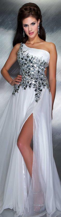 Mac Duggal couture 2013 ~ <3!!