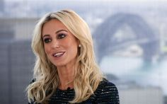 Lataa kuva Roxy Jacenko, 4k, liikenainen, kirjailija, kauneus, blondi