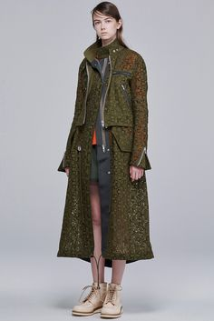 Sacai Resort 2016 Fashion Show