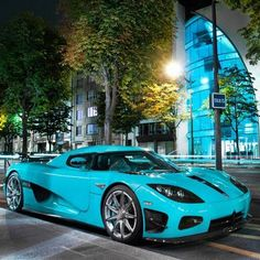 """Love this color!❤ ---+ Koeniggseg CCXR """"Special One"""" #SpinoutDay"""