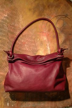 these bags are gorgeous.  I've had a brown one for 13 years...love this style