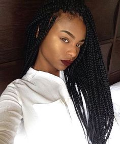 Gorge braids and makeup ❤️ Tag Source #iluvyourhair #ilyh #hairideas #hairinspiration #braidgang #protectivestyle