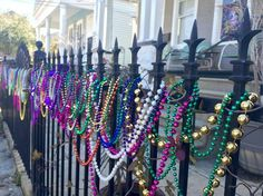 Houses (and fences) all around NOLA are making preparations for the Mardi Gras festivities! New Orleans Party, New Orleans Mardi Gras, Mardi Gras Beads, Mardi Gras Party, New Orleans Beads, Visit New Orleans, Mardi Gras Decorations, Just Pretend, Southern Comfort