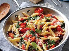 Grape Tomato, Olive, and Spinach Pasta