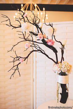 Creative Flower Arrangments. #FirstMatePhotoCo. #weddings #flowers