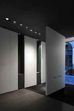 Interior of the Kreon showroom in Paris by Belgian office and workshop Minus.
