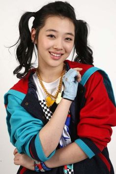 [news] f(x) Sulli think she's pretty even from a young age! - Latest K-pop News - K-pop News | Daily K Pop News